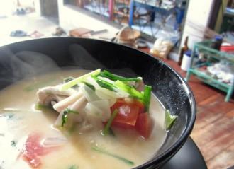Die berühmte Tom Kha Kai Suppe