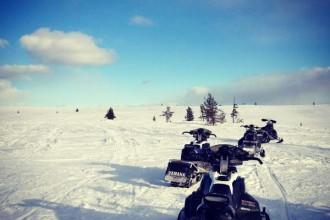 Tour mit dem Schneemobil