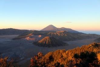 Sonnenaufgang am Mount Bromo