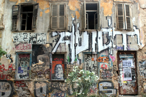 Exarchia Athen altes Haus Graffiti