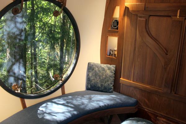 Innenansicht Baumhaus Free Spirit Spheres
