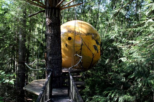 Melody Free Spirit Spheres Baumhaus Glamping
