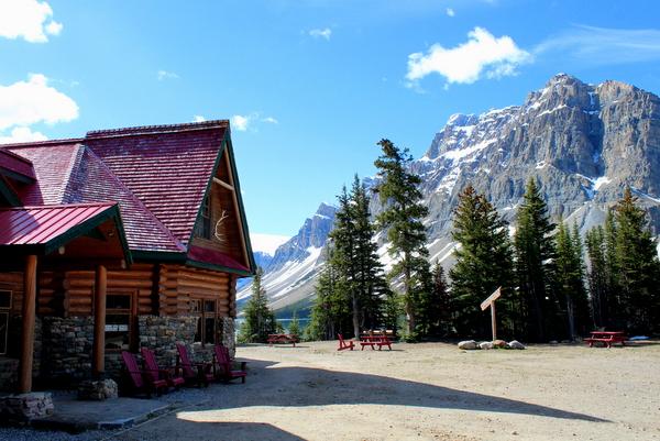 Num Ti Jah Lodge Banff