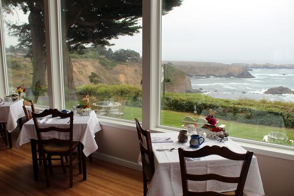 Agate Cove Inn Mendocino Frühstückszimmer