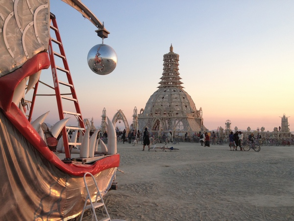 Temple Discofish Burning Man sunrise Sonnenaufgang