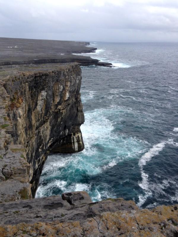 Klippen Inishmore Aran Inseln Irland