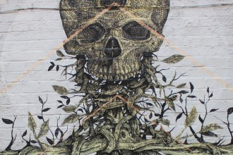 Streetart Alexis Diaz The Cage detail skull London Brick Lane