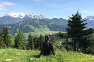 Susi Maier Black Dots White Spots Berge Tirol
