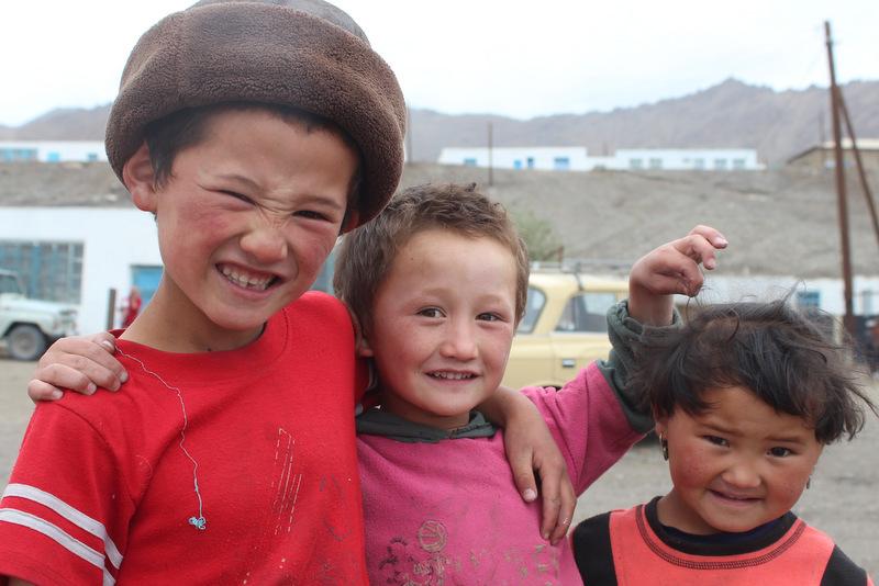 Kinder Murghab Pamir Highway Tadschikistan