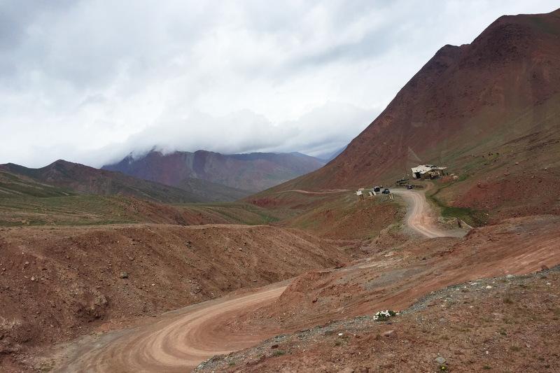 Kyzyl Art Pass kirgisische Grenze Pamir Highway