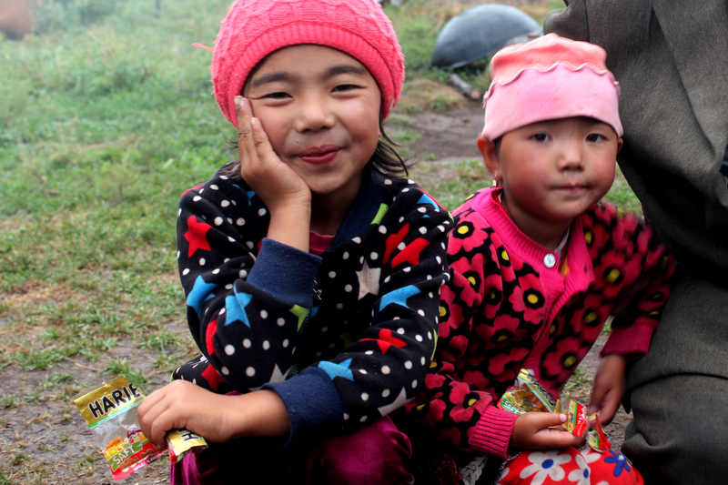Mädchen Jurte Kirgistan