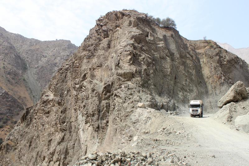 Pamir Highway nahe Kalai Khumb afghanische Grenze