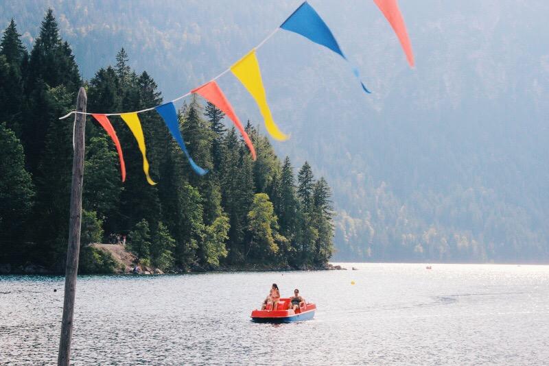 Bootsfahrt auf dem Eibsee