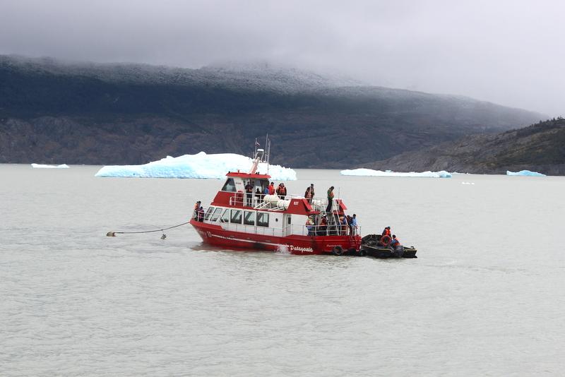 Boot Grey Glacier Lake