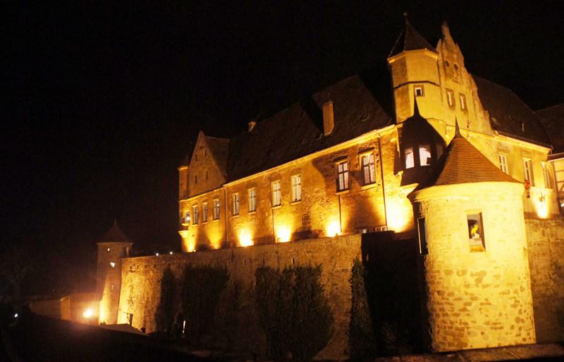 Burg Stettenfels Unterguppenbach bei Nacht