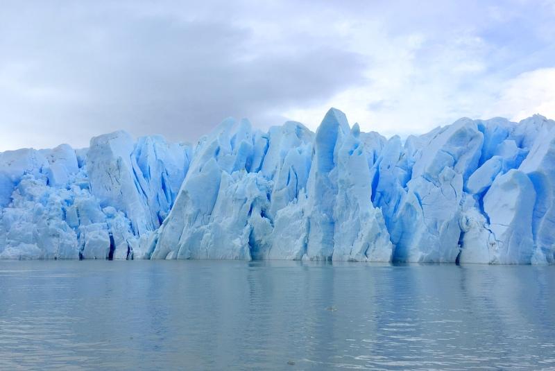 Grey Glacier Gletschereis blau