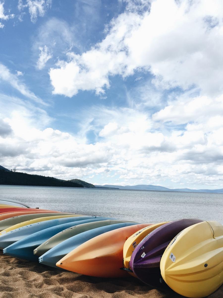 South Lake Tahoe Beach Strand Kanus