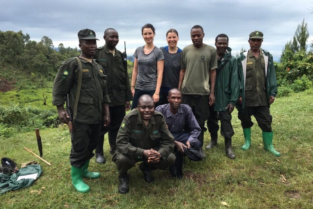 Gorilla Tracking Bwindi Buhoma Uganda Gruppenbild