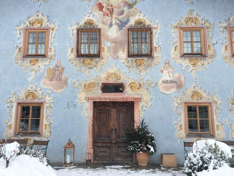 St Johann Tirol bemaltes Haus