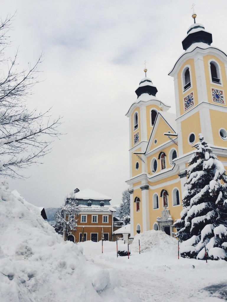 St Johann in Tirol Kirche Marktplatz