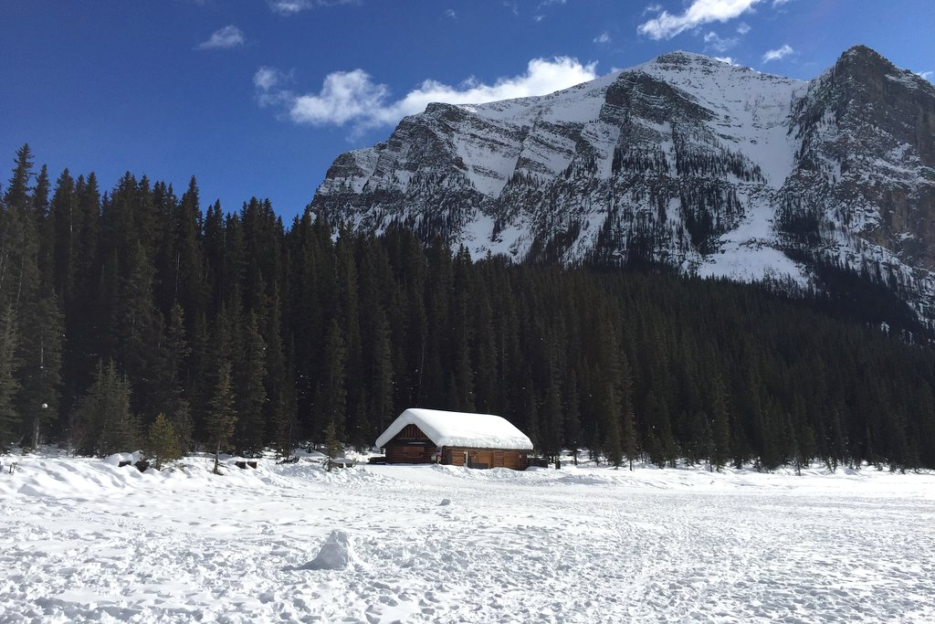 Lake Louise Winter Bootshaus