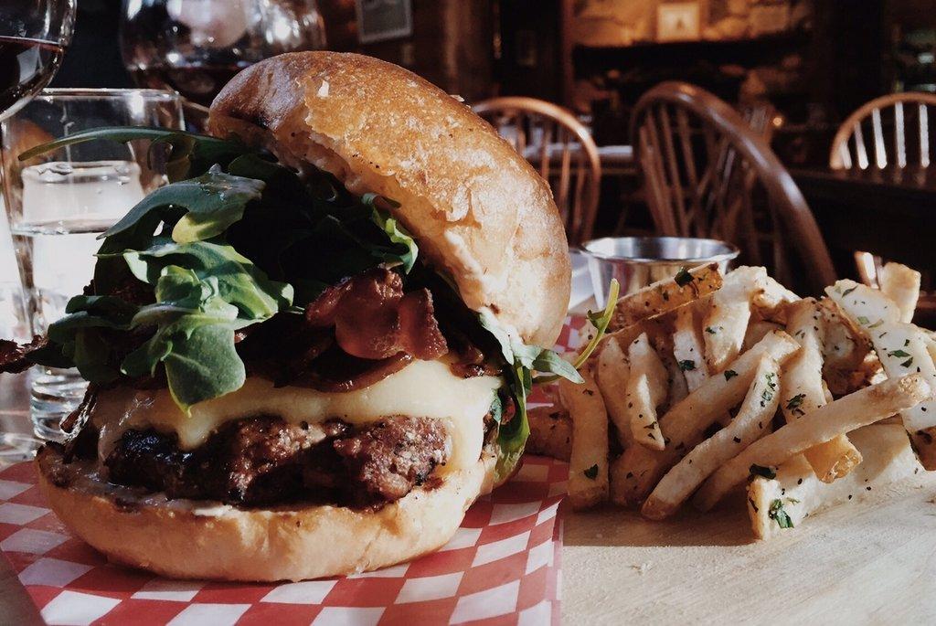 Winter Kanada Essen Burger