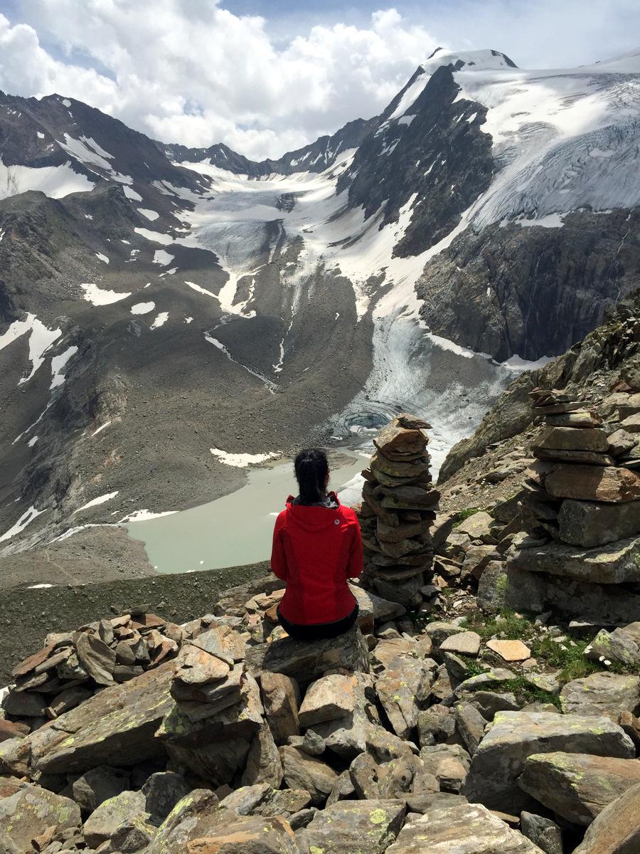 Blick Peiljoch auf Sulzenauferner wandern Stubai Tirol
