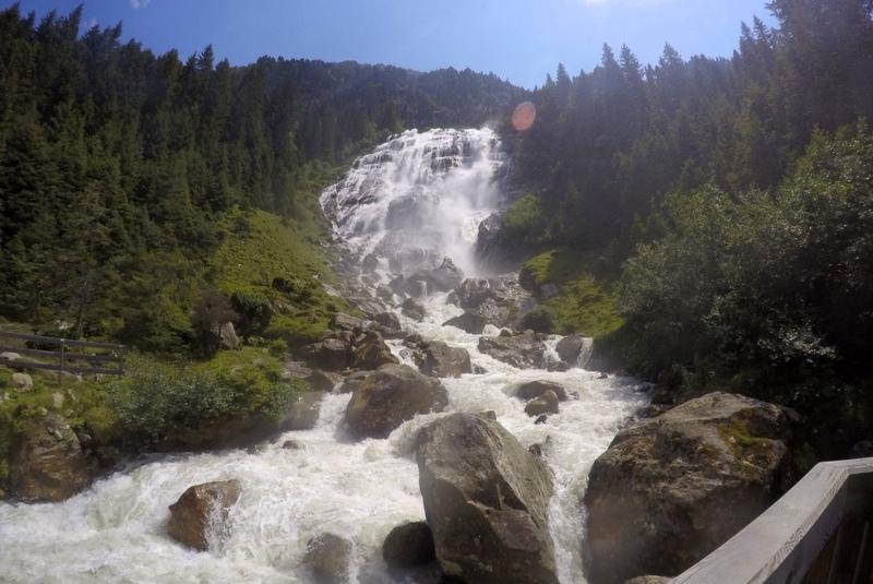 12 Grawa Wasserfall Stubaital WildeWasser Aussichtsplattform