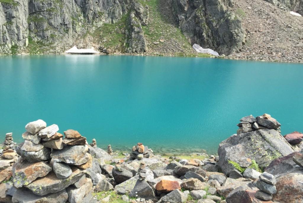 Blaue Lacke Wasser tuerkis Bergsee