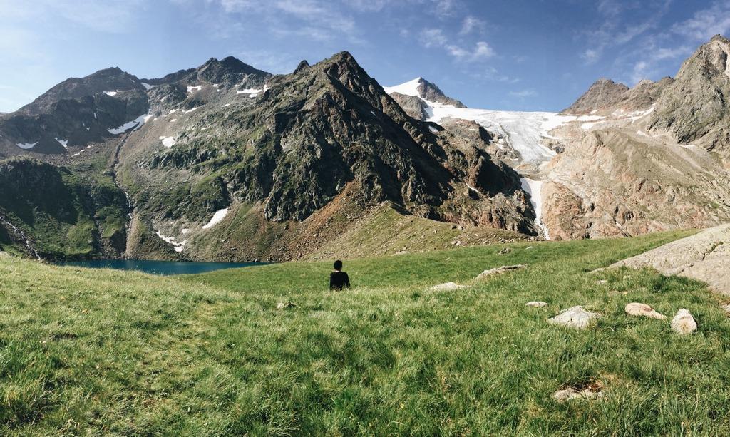 Stubaier Hoehenweg wandern Gruenauer See