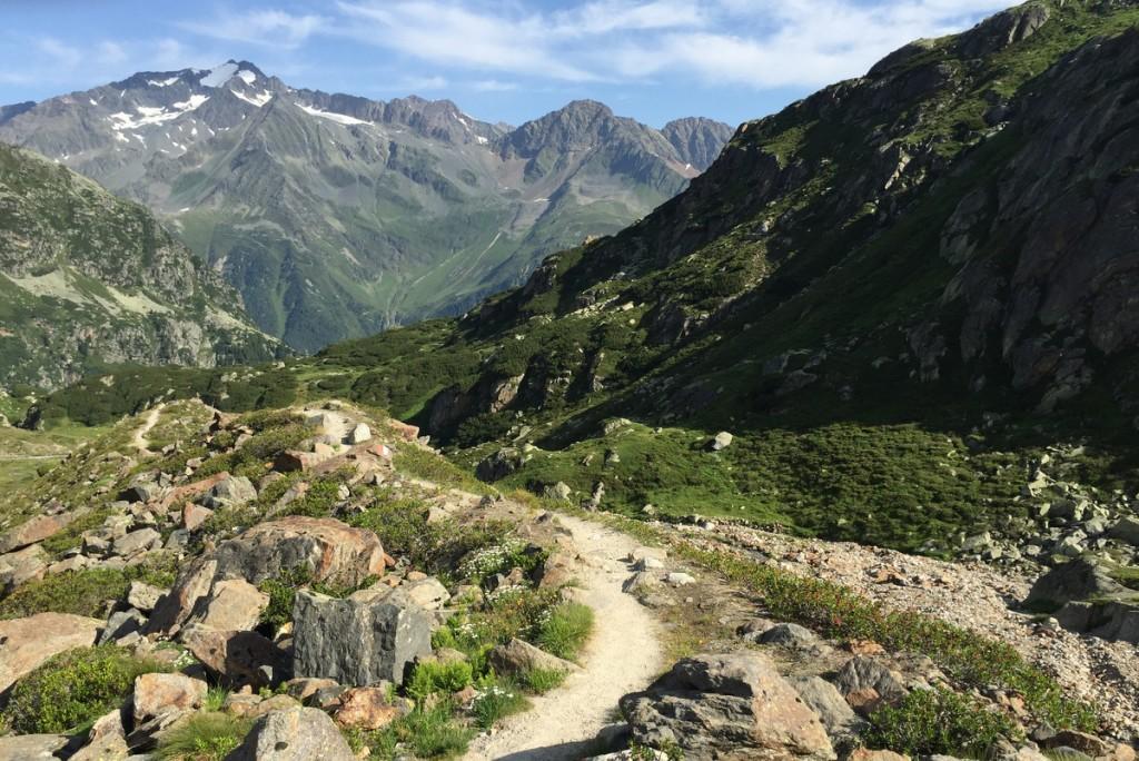 Wandern Stubaier Alpen Gruenauer See