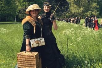 Besucher WGT Leipzig Viktorianisches Picknick Kostueme
