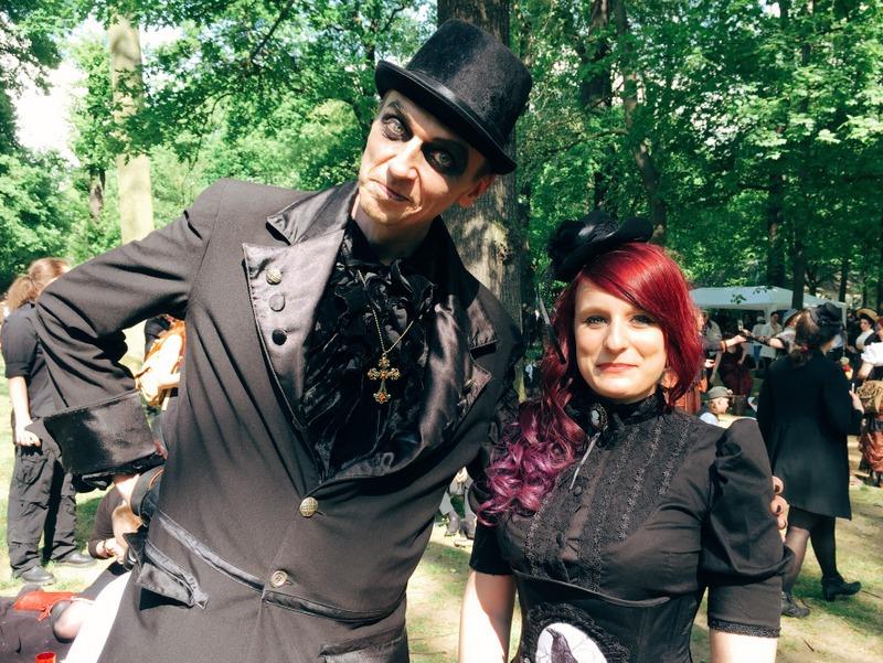 Besucher WGT Leipzig Viktorianisches Picknick Gothic
