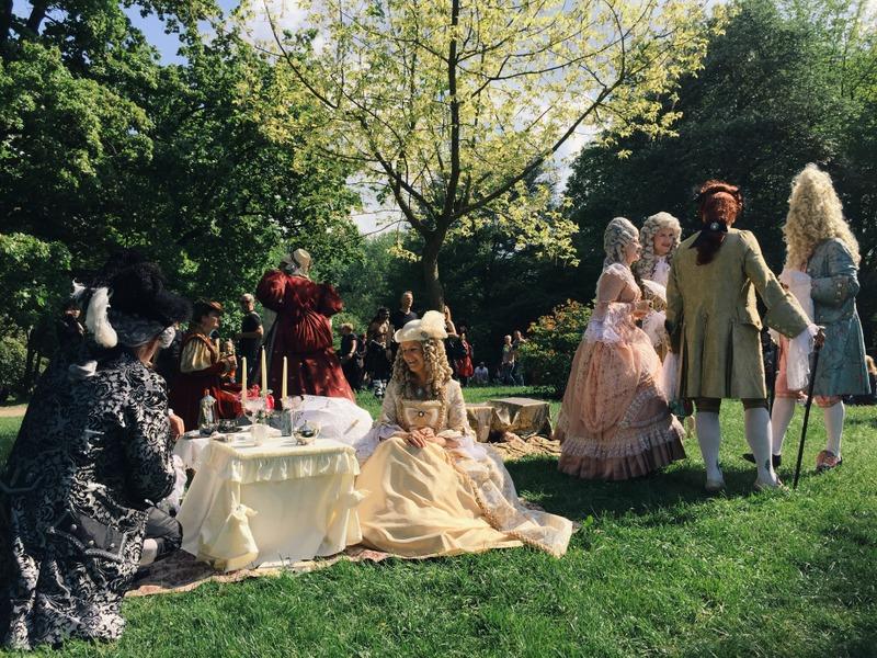 Besucher WGT Leipzig Viktorianisches Picknick Rokoko Barock