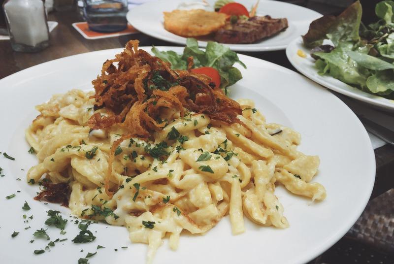 Kaessspaetzle schwaebisch essen gehen Stuttgart Restaurant Tipp