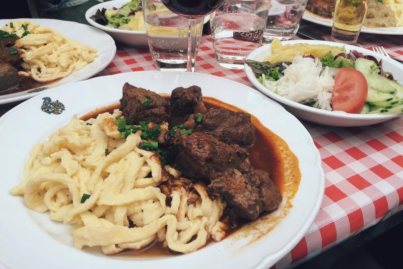 Schwaebisches Essen Spaetzle Stuttgart Tipps