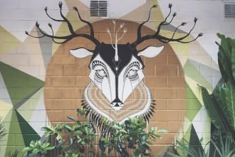 Stuttgart Hans im Glueck Brunnen Mural Bars Cafes Tipps