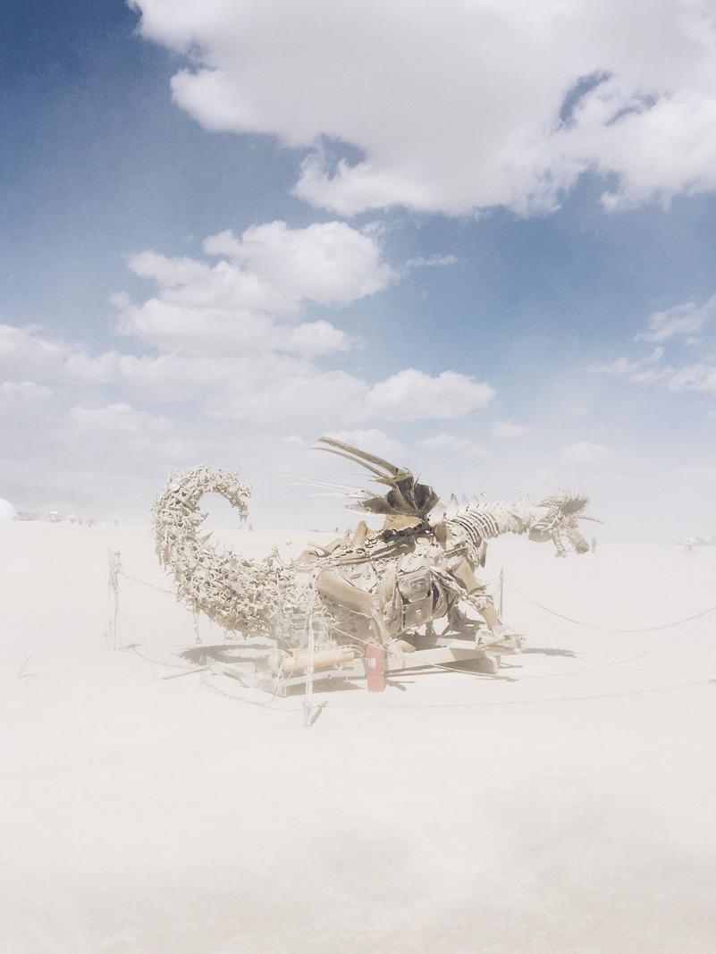 Drache Kunst Burning Man Wueste Festival USA