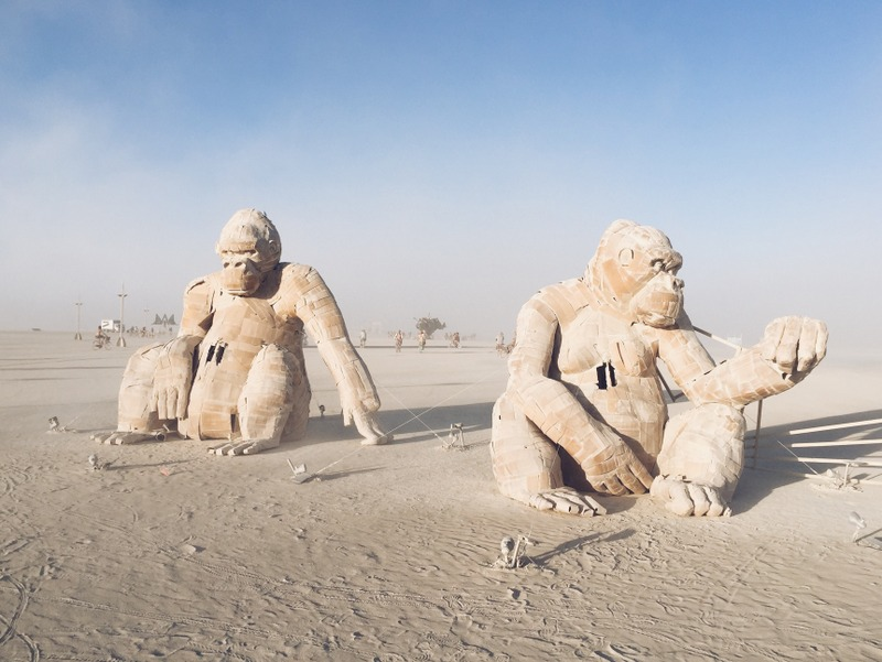 Gorillas Kunst Burning Man 2016