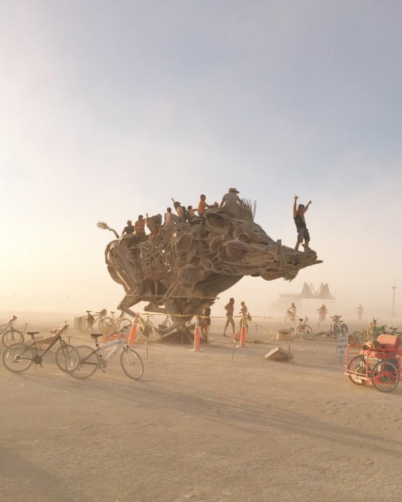 Schwein Boar Kunstinstallation Burning Man 2016
