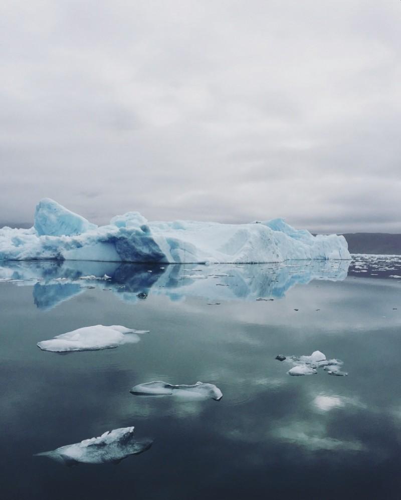 Eisberge Grönland vom Boot sehen