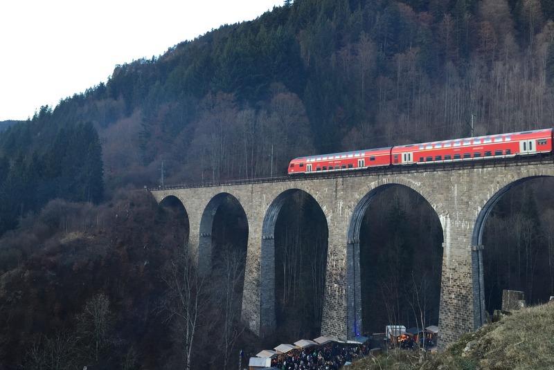 weihnachtsmark-ravennaschlucht-hoellental-viadukt-schwarzwald