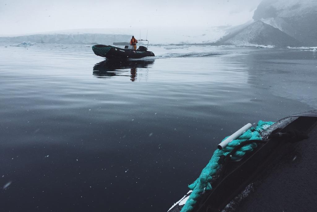 Antarktis Anlandung Zodiac Boot