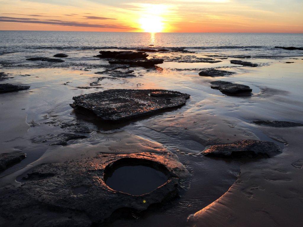Dinosaurier Spuren Broome Westaustralien Strand