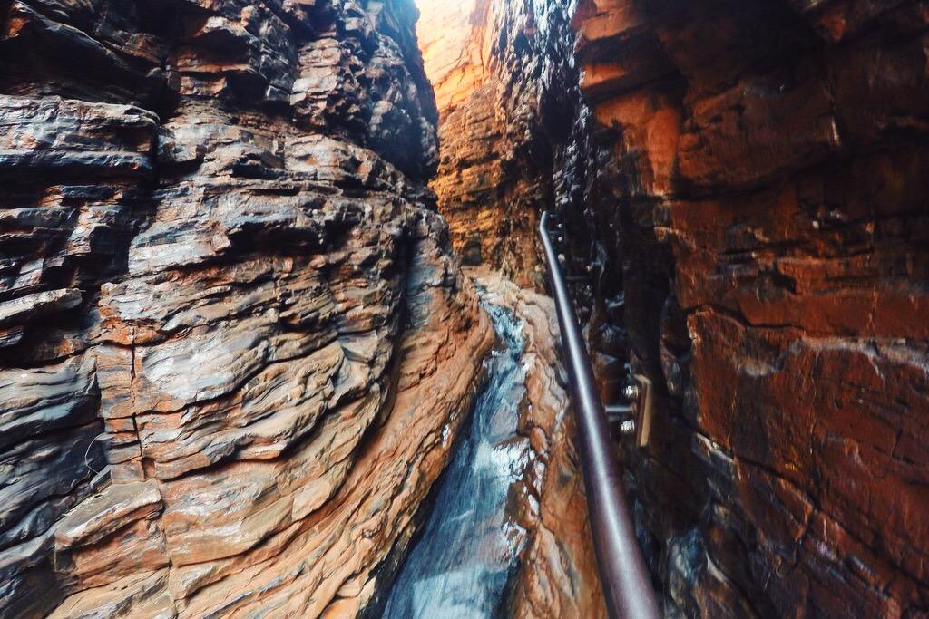 Karijini Nationalpark Westaustralien Canyoning Weano Gorge