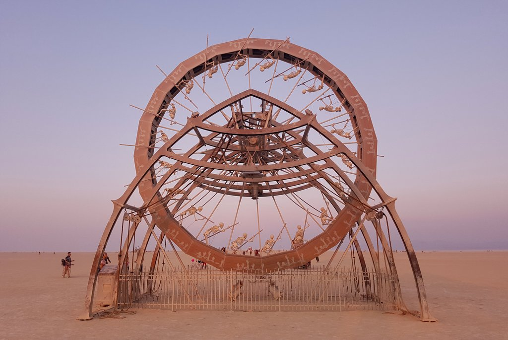 Charon Kunst Installation Burning Man