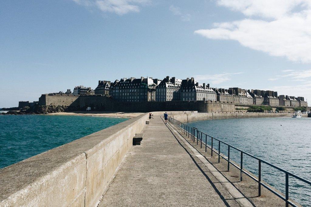 St-Malo-Altstadt-Bretagne-Sehenswuerdigkeit
