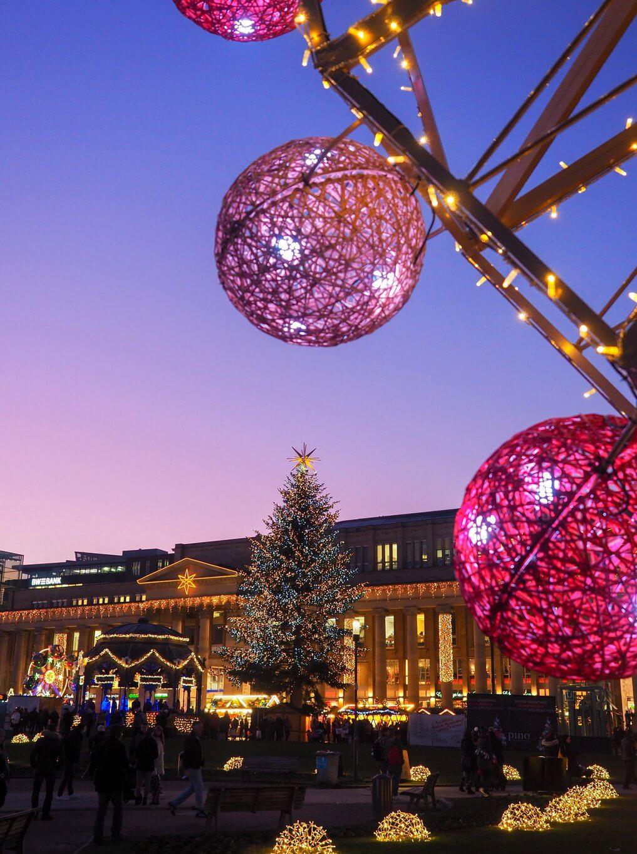 Glanzlichter Stuttgart weihnachtlicher Schlossplatz