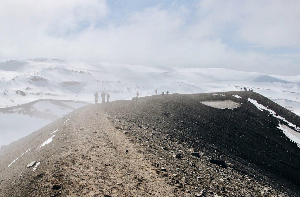 Wandern-Antarktis-Deception-Island-Vulkan