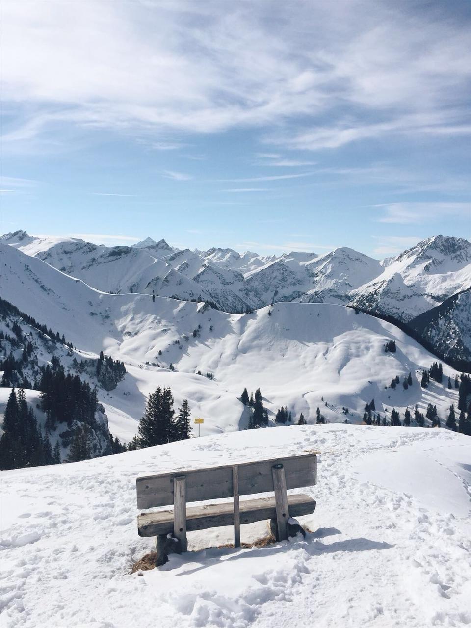 Tannheimer Tal Winterwanderung Neunerkoepfle Weg